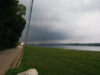 Heavy skies in Utica